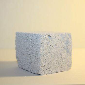 Каменьдля сточки зубов 5*5*4 см